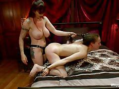 Mz berlin and her big bad dildo
