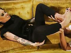 femdom, babe, glasses, kinky, tattooed, black hair, toe sucking, feet fetish, foot worship, kink, christy mack, wolf hudson