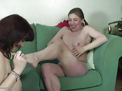 Old lesbian sucks on young girl's toes