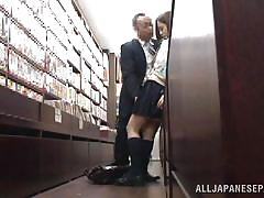 Japanese slut fucked in the bookstore