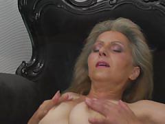 blonde, mature, solo, masturbation, hairy pussy, boobs crushing, mature eu, mature nl, simone o.
