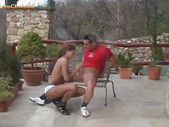 Athletic babe gives a great blowjob after training