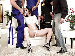 Black haired babe gets a 4:1 gangbang