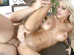 Milf sarah jessie rides cock