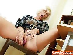 Teacher lukava pleases her snatch in the staffroom
