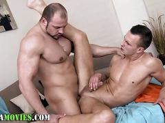Bear barebacks amateur anal