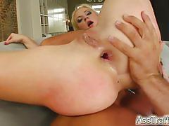 Two dicks dp her hard into an amazing orgasm