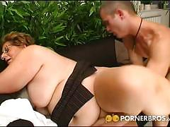 Bbw mature gets pounded by a young stud