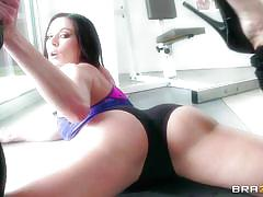 big tits, babe, brunette, gym, licking tits, fit body, boxing gloves, big tits in sports, brazzers network, keiran lee, kendra lust