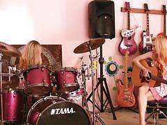 Jana jordan and jayme langford playing instruments