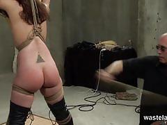 Dungeon master exploiting her slave's poor cunt