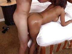 Latin mom gets oiled and pounded on www.yourdreamcamgirls.com