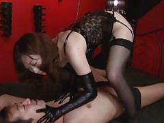 Horny japanese dominating a tied guy