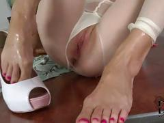 Cayenne klein's footjob & fuck break in the teachers' lounge
