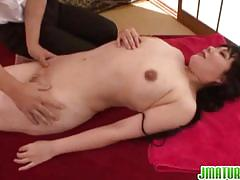 Mature japanese milf gets licked and fucked hard.