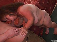 Chubby midget slut gets stuffed @ dude i fucked a midget