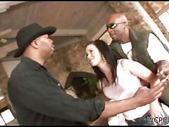 Black gangstas fuck a white chick