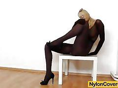 Juicy bella morgan nylon masturbation