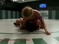 Hot girl on girl fight