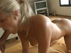Cock sucking blondie blanche in pov