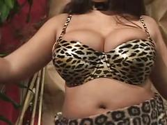 Chubby bbw milf squeezing fat tits