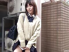 Good vibrations for sexy japanese teen.