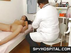 Pervert pussy check-up on hidden cam