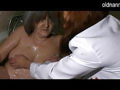 Granny gets her hairy pussy washed