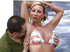 Shemale whore gets her cock sucked @ monsters of shemale cock #29
