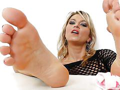 Blue eyes blonde goes wild with her feet