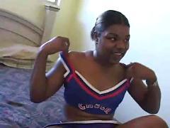 Cheerleaders in da hood