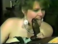 White wife loves sucking black cock