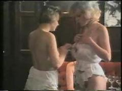 Mature women strip...retro-f70