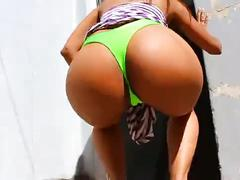 Cameltoe and perfect ass - perfect boobs! spandex - upskirt - thong! omg!