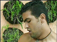Slutty brazilian chick photographed while sucking cock