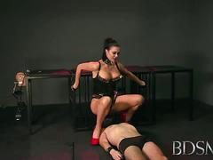Mistress jasmine plays oral games with her slave