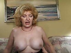 Mature babe wants to fuck hard rock cock