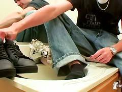 Toe teasing boy clyde jerks in bathroom