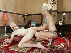 Queen mistress bones her slave