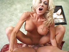 Hot milf babe takes sweet dick action