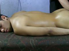 Ezequiel bends and gets oiled