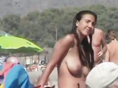 Nuder beach