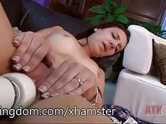 Sofi grace using the hitachi wand on her soft pussy