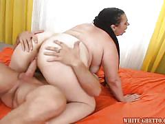 Fat mature sucks a cock and gets her vagina creampied