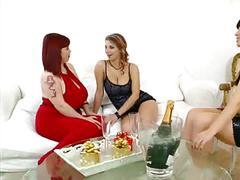 Lesbian bbw trio 1