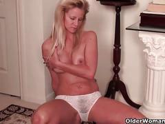 Busty soccer mom amanda masturbates