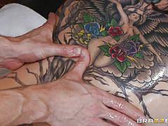 Tattooed babe asshole play