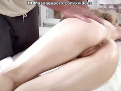 Blonde gal demonstrates fuck passion in massage parlor