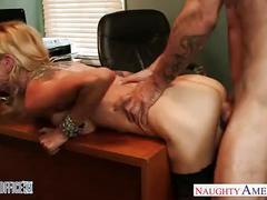 Tattooed blondie sarah jessie fuck in the office