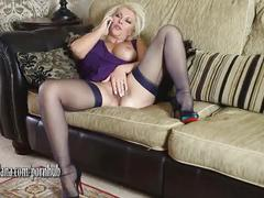 Horny leggy lana milf has phone sex fingering and toying